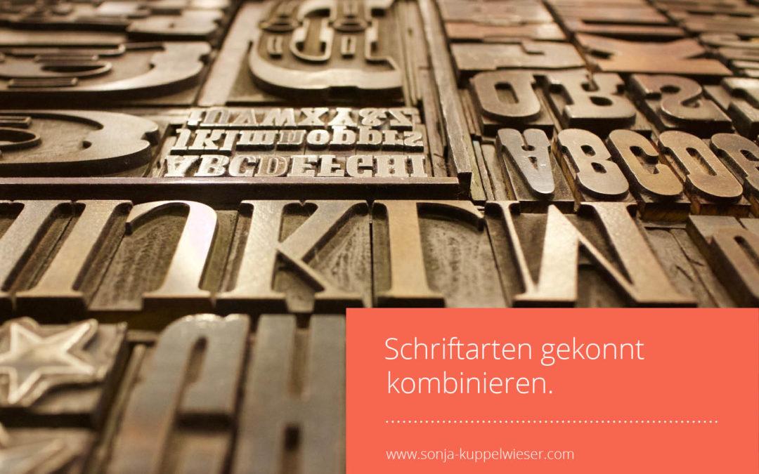 Wie kannst du Schriftarten gut kombinieren für deine Website?